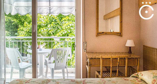 Große, gemütliche Zimmer mit Balkon
